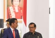 Jokowi libatkan TNI-Polri kejar target 1 juta vaksin sehari